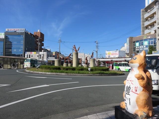 豊川駅前ロータリー