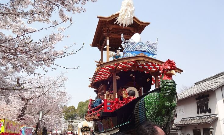 愛知県犬山祭りの山車の中で、唯一の船型山車