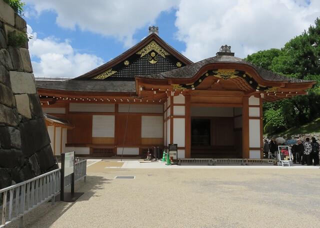 名古屋城の本丸御殿の玄関