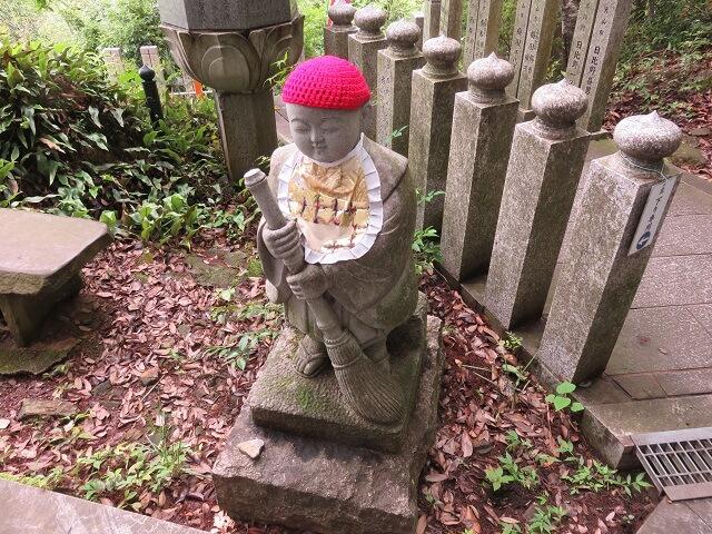 愛知県犬山市の寂光院七福坂途中のお地蔵様