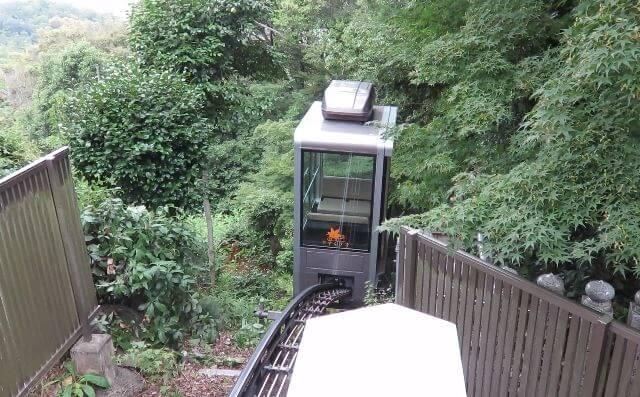愛知県犬山市の寂光院のスロープカー