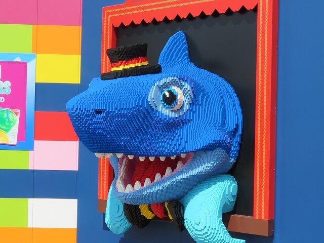 レゴランド名古屋のあるレゴブロックのサメ