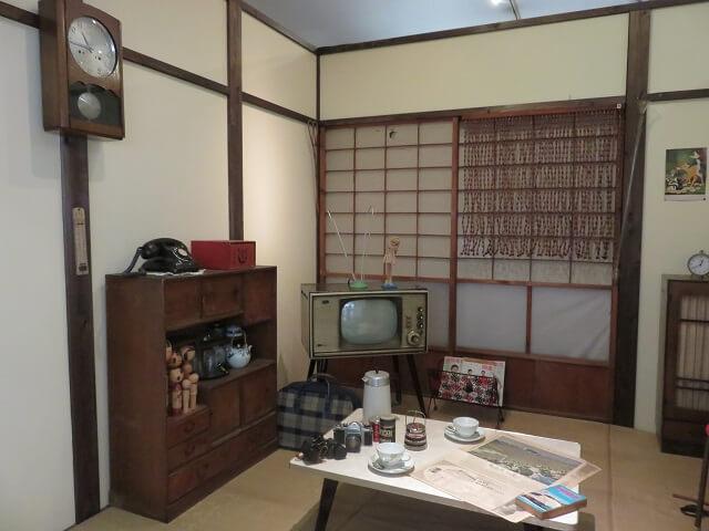 北名古屋市の昭和日常博物館の居間
