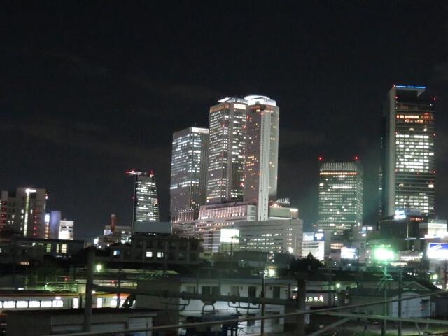 名古屋のツインタワーの夜景