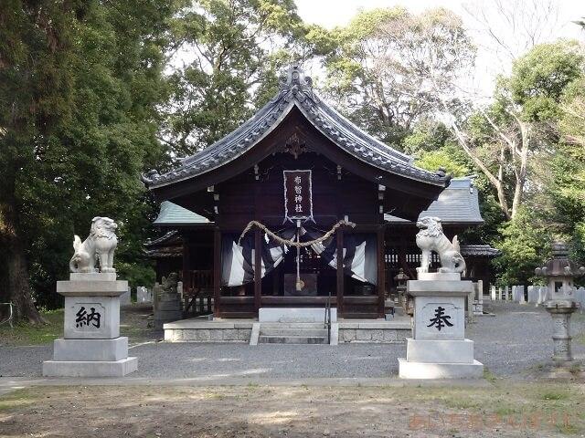 稲沢市祖父江町の布智神社の拝殿