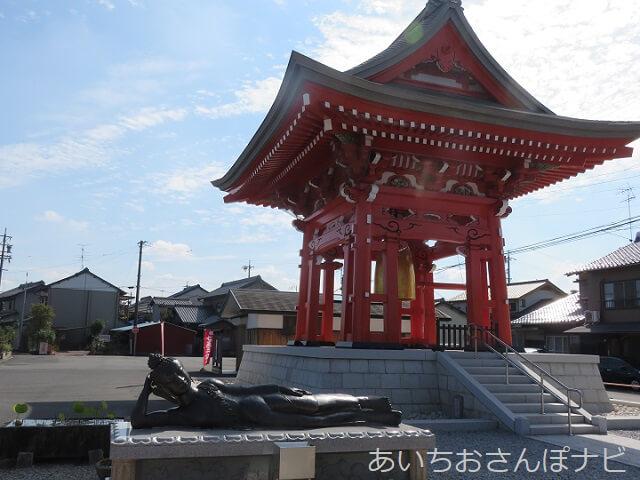 祖父江善光寺の鐘楼