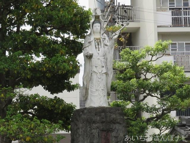 名古屋市北区久国寺の観音像