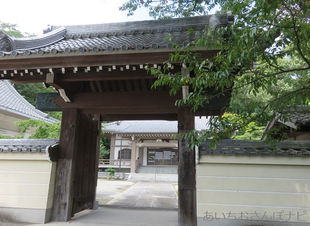 愛知県長久手市の安昌寺山門