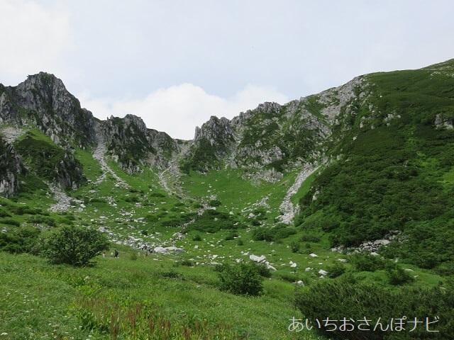 長野県駒ヶ岳の千畳敷カール