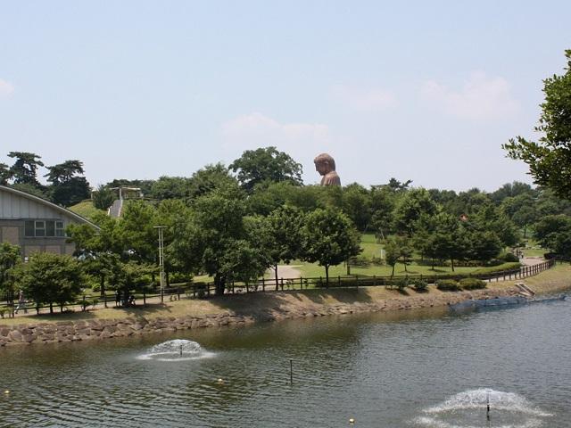 愛知県東海市の聚楽園の大仏様