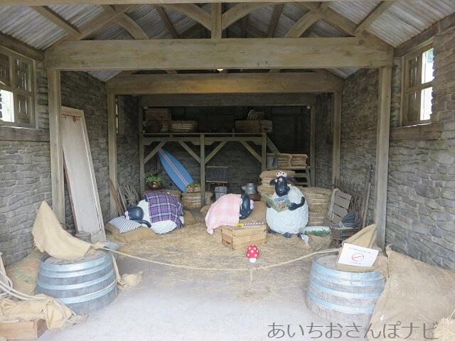 ローザンベリー多和田のひつじのショーンたちの小屋の中