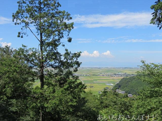滋賀県近江八幡市の安土城天守跡からの眺め