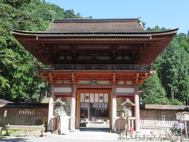 滋賀県大津市坂本にある日吉大社の西本宮の楼門
