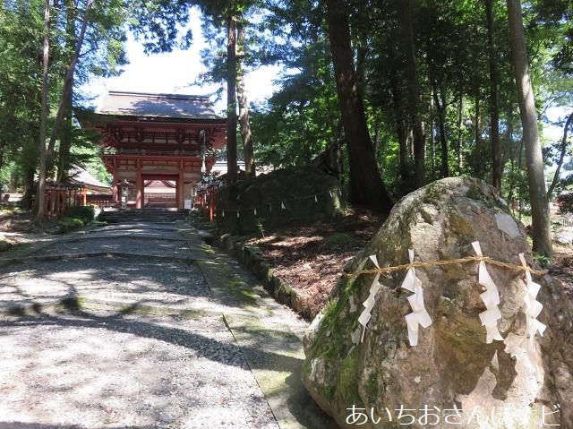 滋賀県日吉大社の猿の霊石
