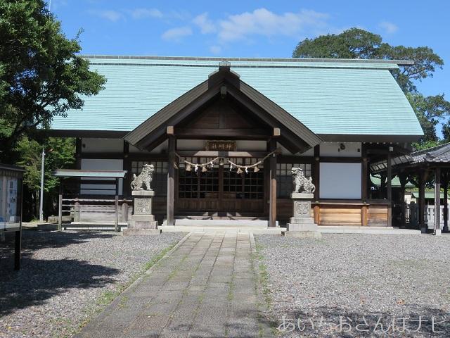 愛知県常滑市の神明社拝殿