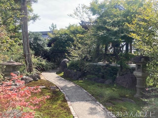 愛知県稲沢市の円光禅寺(萩寺)の鐘撞堂