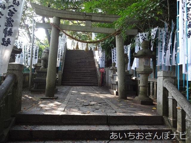 愛知県蒲郡市の竹島の階段