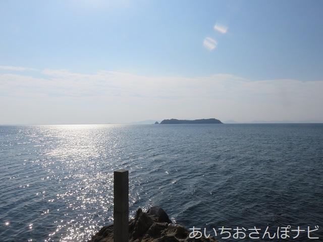 愛知県蒲郡市の竹島の龍神岬