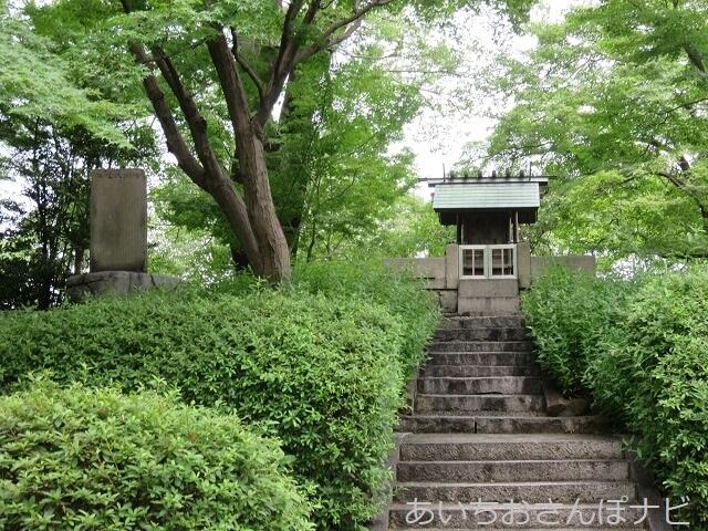 愛知県清須市の清洲古城跡公園内にある信長公を祀ったお社