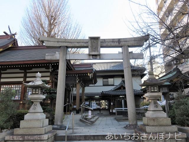 名古屋市白龍神社の鳥居