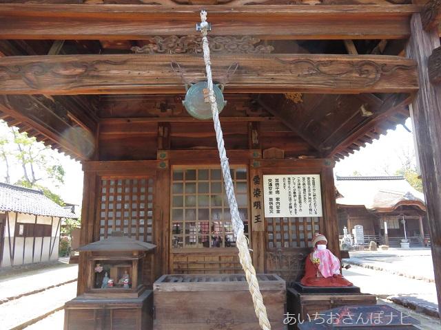 稲沢市性海寺の多宝塔拝殿