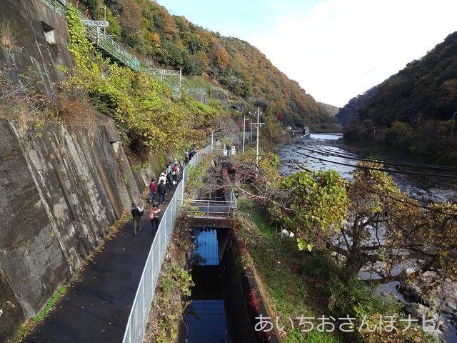 定光寺駅から愛岐トンネルへ向かう道