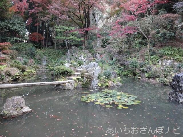 愛知県春日井市内々神社の庭園