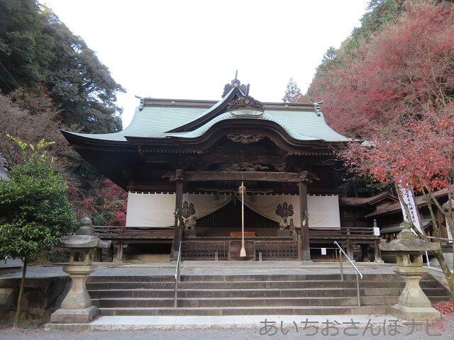 愛知県春日井市内々神社の拝殿