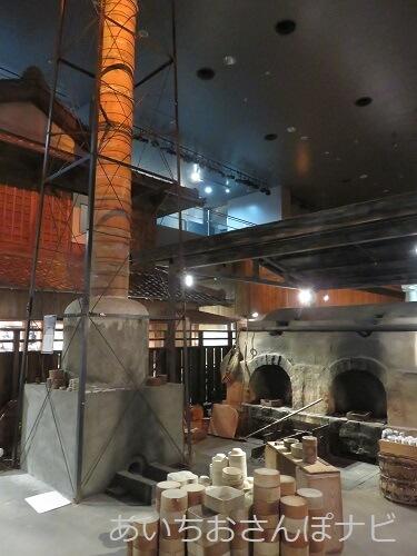 瀬戸蔵ミュージアムの石炭窯と煙突