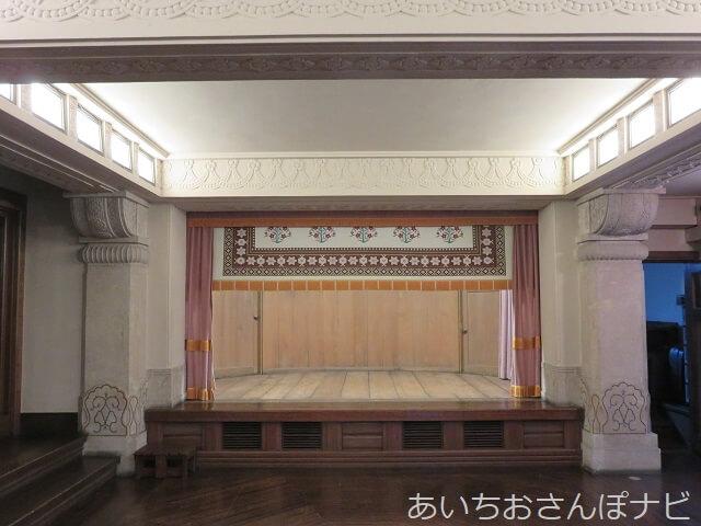 名古屋市千種区揚輝荘の聴松閣地下のホール