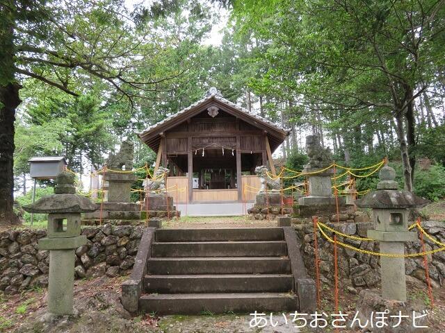 犬山成田山の裏山にある東之宮神社