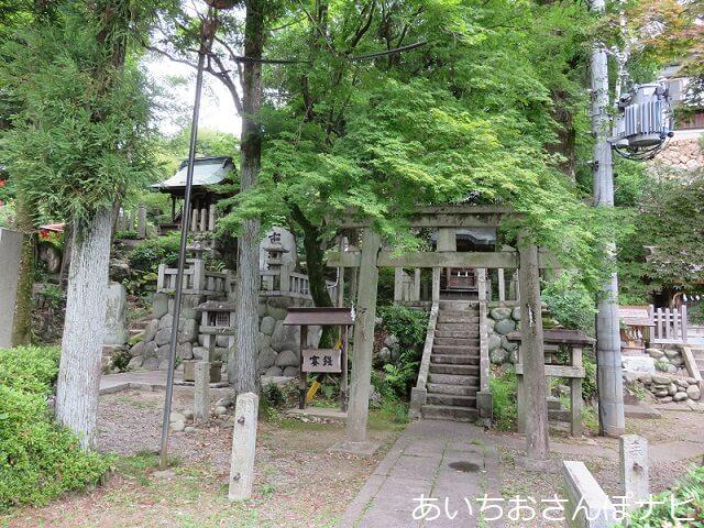 犬山市針綱神社の境内社