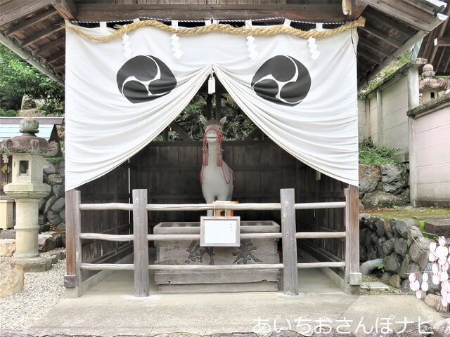 犬山市の綱神社の神馬
