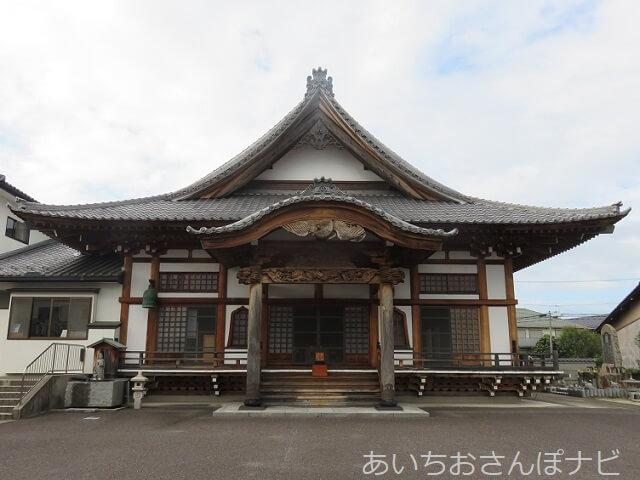 愛知県小牧市妙林寺の本堂